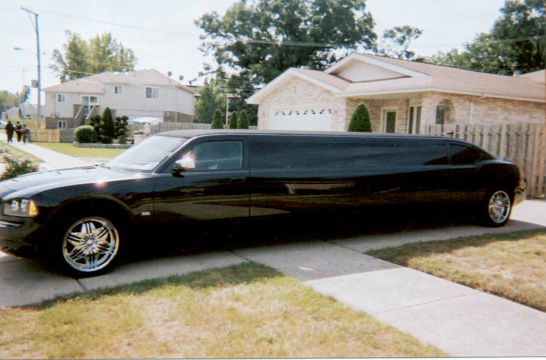 pams-pretty-limousines-bachelor-party